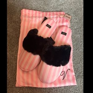 Victoria's Secret House Slippers Pink and Black